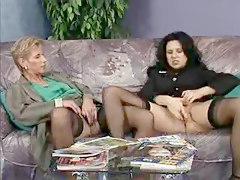 2 German Women Fingering