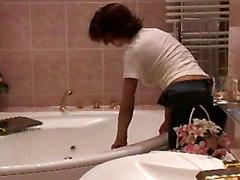 Alana In The Bathtub