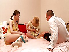 Two Young Girlies In A Nice Threesome