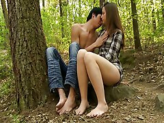 Teenage Couple Fucking In The Woods