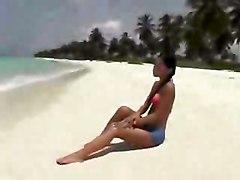 Mya Diamond Anal On The Beach