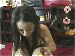 Asina Show Big Nipples N Shaved Pussy
