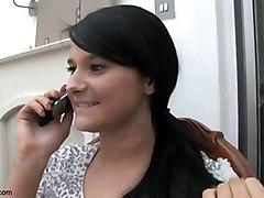 Upskirt Au Telephone