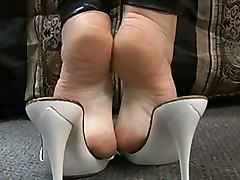 Soles And Extreme High Arches To Die For