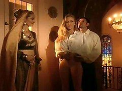 Gorgeous Holly Body In Harem Threesome