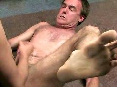 Kinky Tranny Fucks This Tiedup Boy