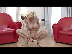 Blonde Babe Play With Her Dildo 4
