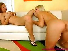 Sweet Lesbians Kiss And Lick