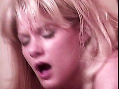 Blond Babe Loves Licking And Fucking