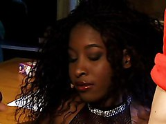 Black Whore Gets Licked And Sucks