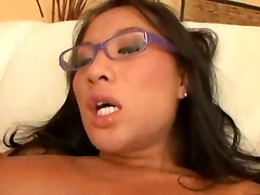 Asian Slut Shows Sex Skills At The Casting