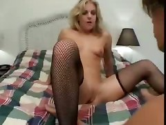 Sexy Blonde Chick Squirting Away