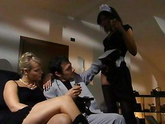 Ellen Saint And Maid Black Lesbian