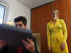 Lea - Intimatesecretaries
