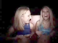 Teen Girls Flashing Their Tits