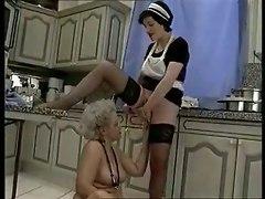 Piss;fisting Maid