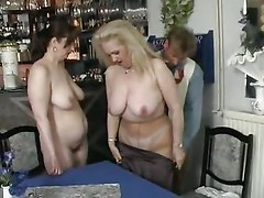 3some With 2 Mature Ladies