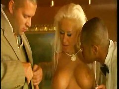 Hot Babe Eva Kent In A Threesome