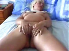 Amateur Wife Orgasms Rubbing Her Clit