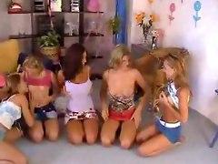 Five Teen Girls Orgy