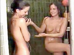 Teen Girl In Shower - Webcam