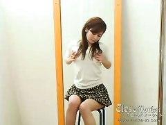 Japanese Schoolgirl Crazy About Orgasm